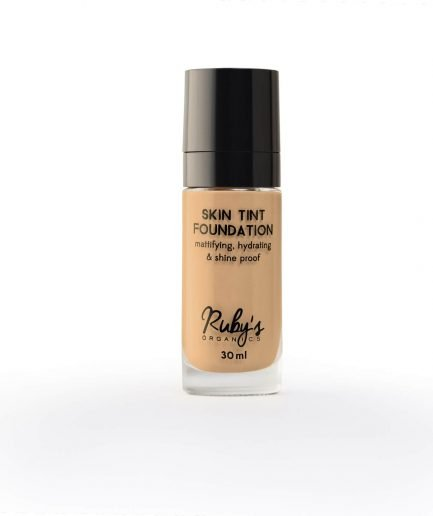 Ruby's Organics Foundation LM 01.5 makeup medium skin tones warm undertones transfer-proof vegan india makeup cosmetics